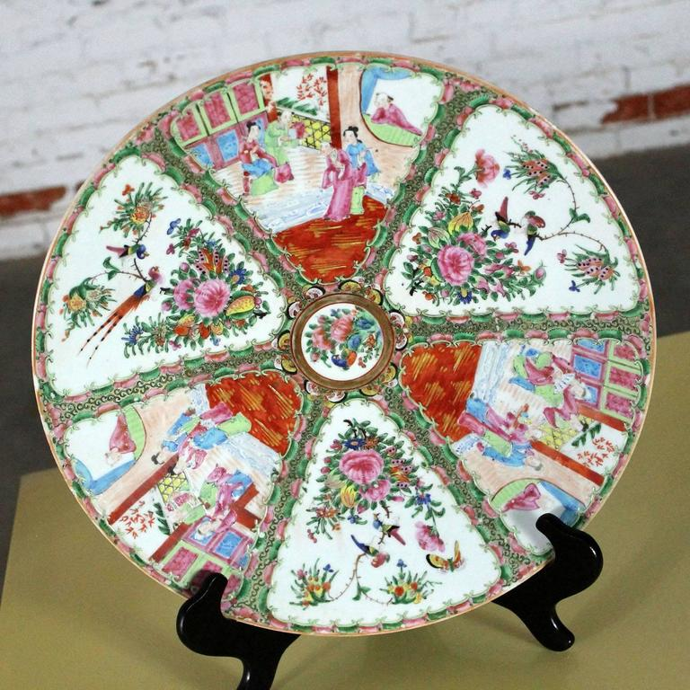Large Antique Chinese Qing Rose Medallion Porcelain Charger Platter Traditional For Sale 4