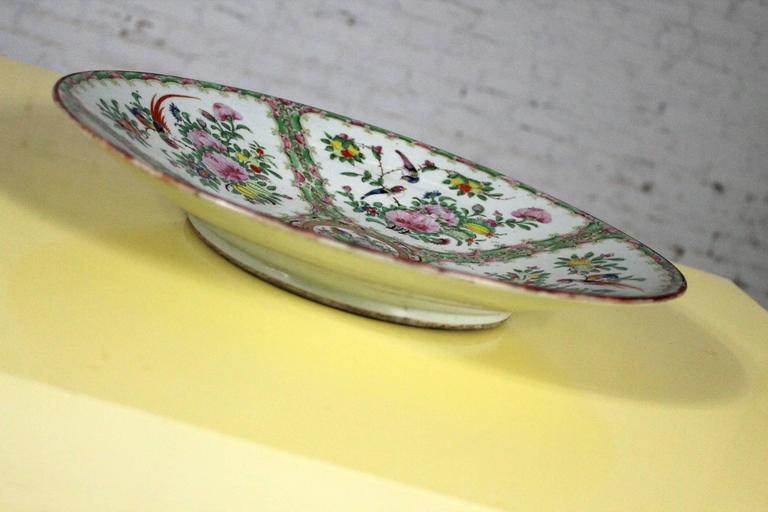 Large Antique Chinese Qing Rose Medallion Porcelain Charger Platter Birds Floral In Good Condition For Sale In Topeka, KS
