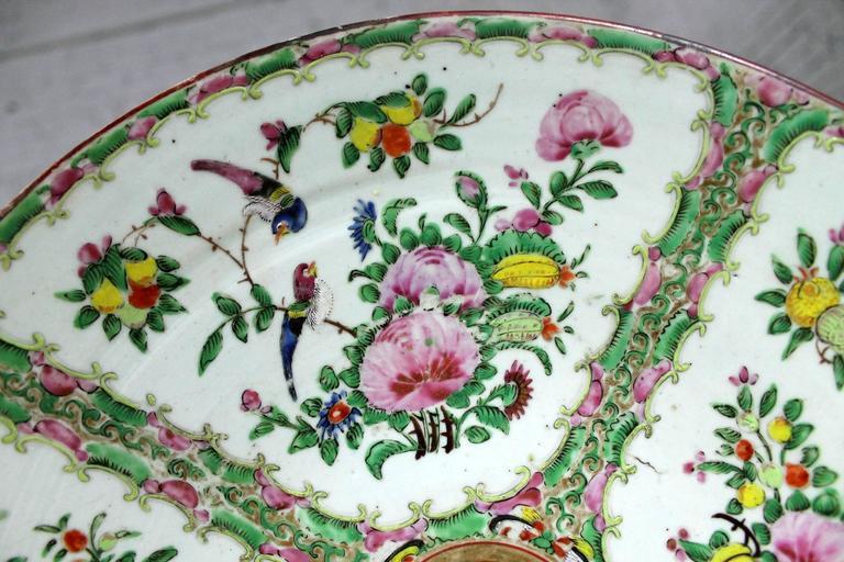 Large Antique Chinese Qing Rose Medallion Porcelain Charger Platter Birds Floral For Sale 1