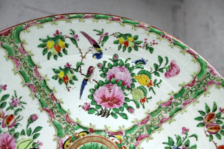 Large Antique Chinese Qing Rose Medallion Porcelain Charger Platter Birds Floral For Sale 2