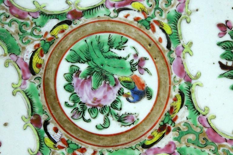 Large Antique Chinese Qing Rose Medallion Porcelain Charger Platter Birds Floral For Sale 4
