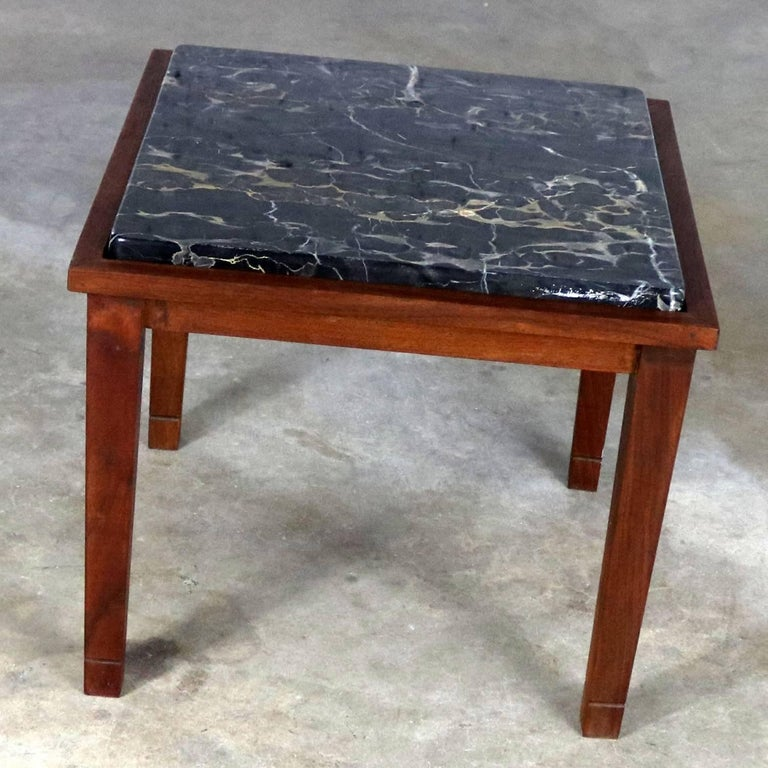 Mid-Century Modern Walnut and Black Marble Square End or Side Table For Sale 2