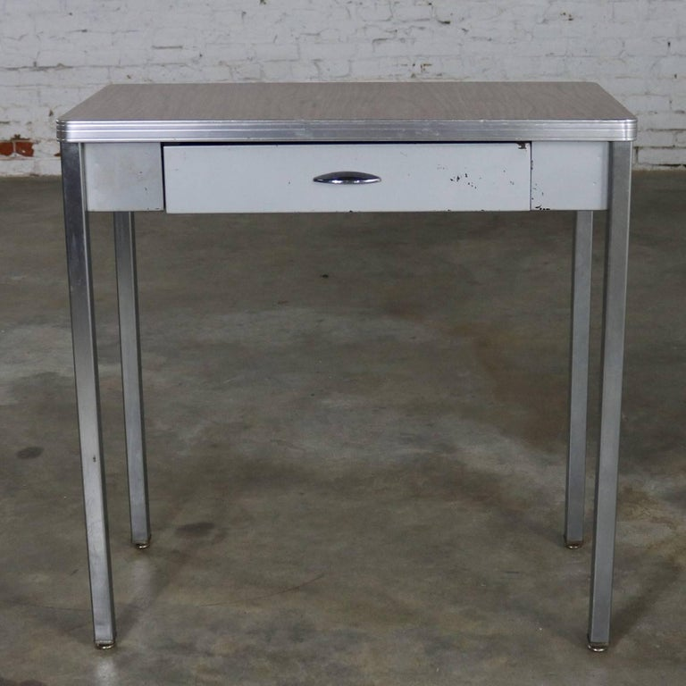 Art Deco Machine Age Streamline Moderne Table Desk by Royal Metal Manufacturing In Good Condition For Sale In Topeka, KS