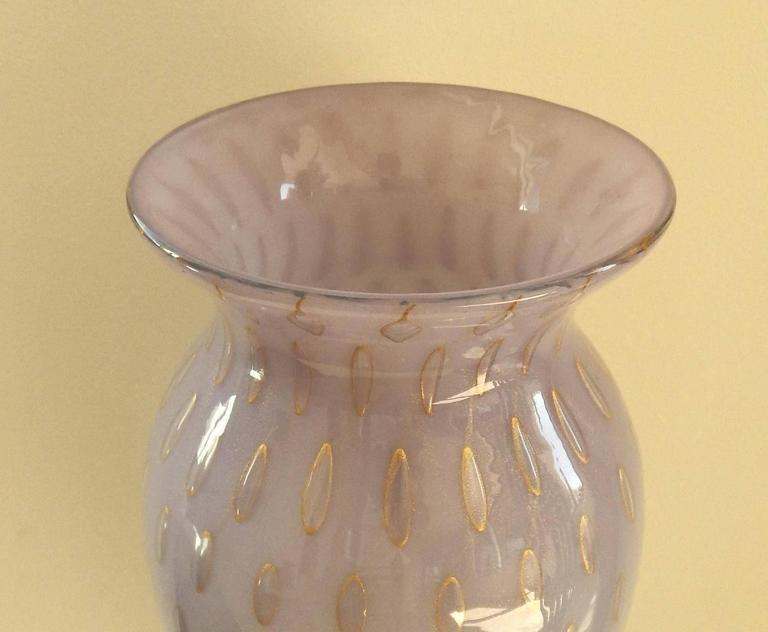 Mid-Century Modern Tall Lavender Italian Murano Glass Vase For Sale