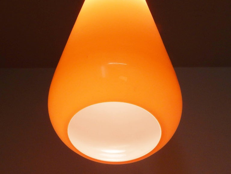 Mid-Century Modern Set of Two Orange Glass Pendant Lights by Gino Vistosi, Italy, 1960s For Sale