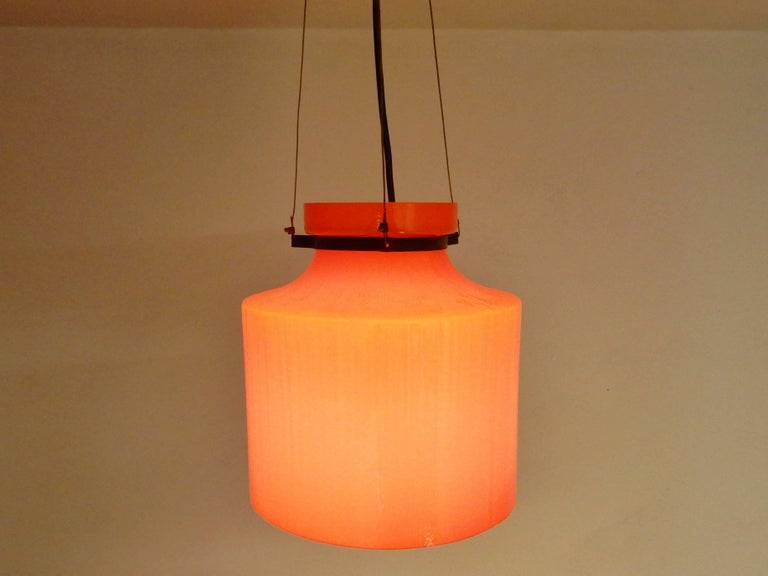 Ripple Structure Glass Pendant Light from Indoor, Netherlands, Early 1970s In Good Condition For Sale In Steenwijk, NL