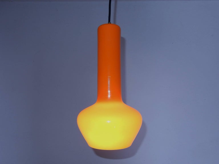 Mid-Century Modern Set of Two Orange Pendant Lamps by Gino Vistosi, Italy, 1960s For Sale