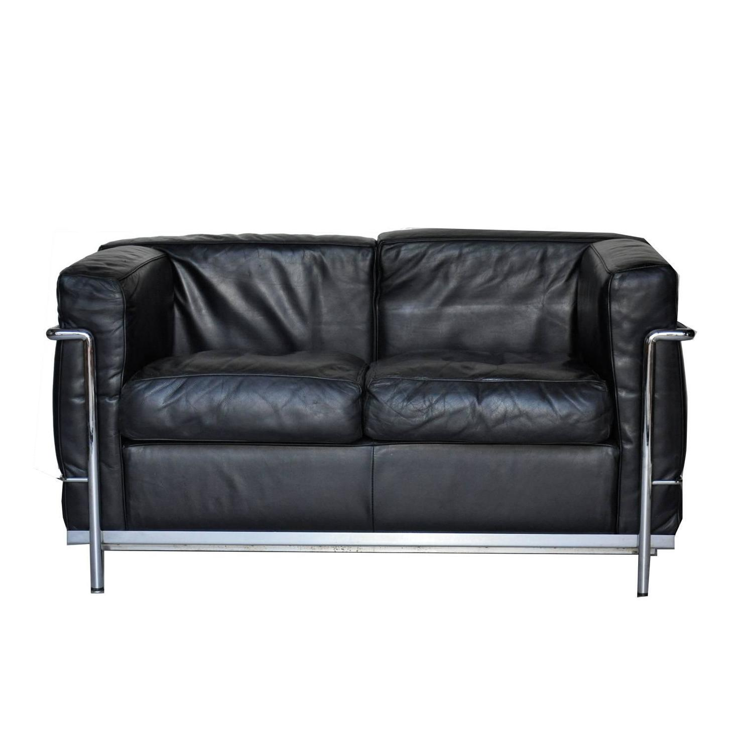 le corbusier lc2 for cassina leather sofa at 1stdibs. Black Bedroom Furniture Sets. Home Design Ideas