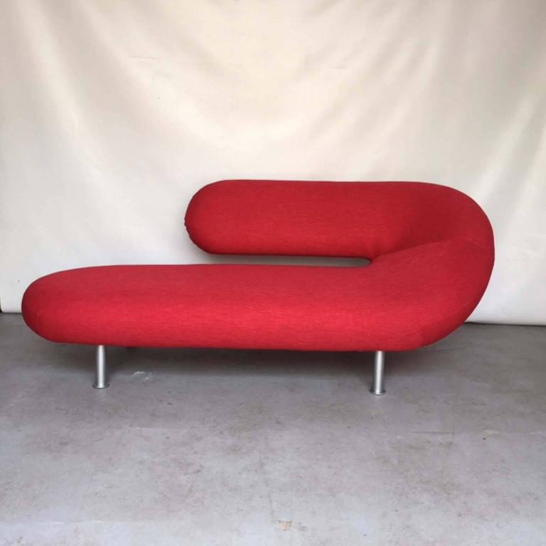 Two cleopatra chaise longues by geoffrey harcourt for for Artifort chaise lounge