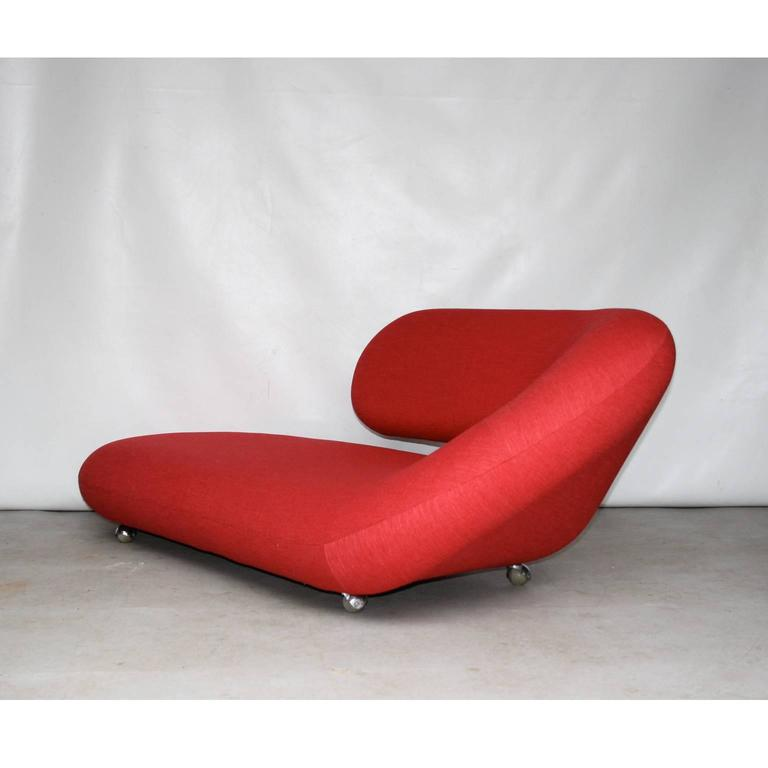 "Geoffrey Harcourt for Artifort ""Cleopatra"" Chaise Longue at 1stdibs"