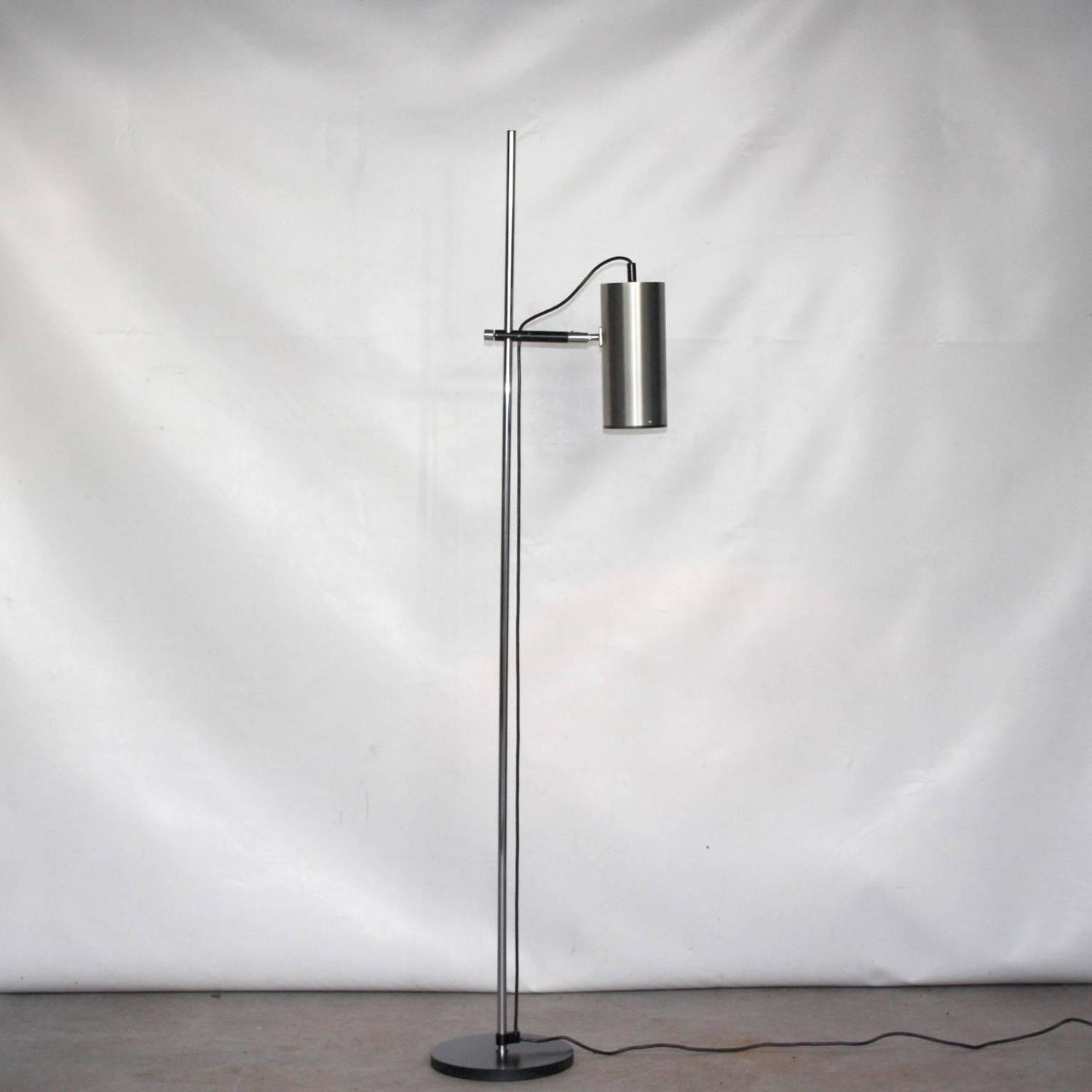 maria pergay stainless steel floor lamp french design 1968 at. Black Bedroom Furniture Sets. Home Design Ideas