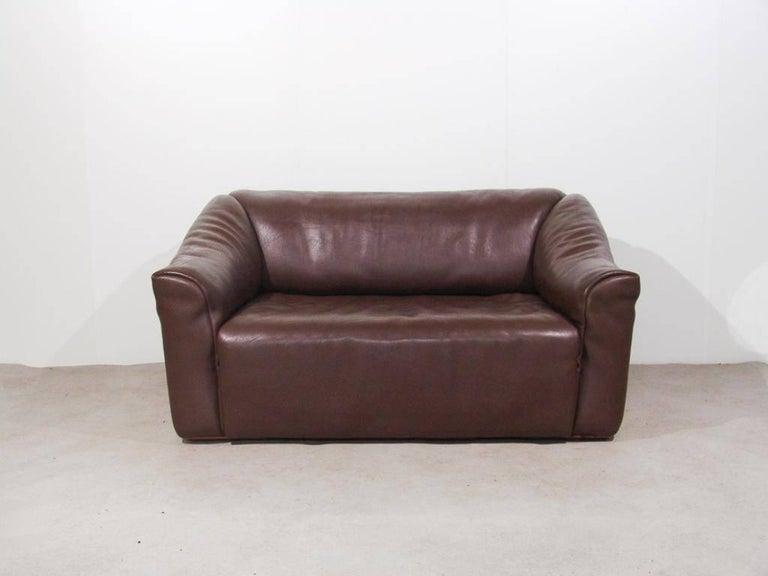 De Sede DS47 Two-Seat Sofa in Dark Brown Buffalo Leather, Switzerland, 1970s 3