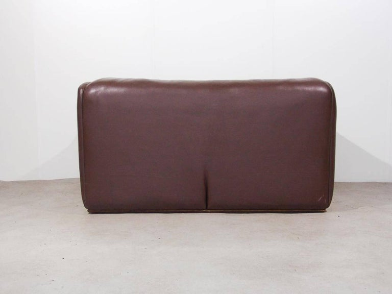 De Sede DS47 Two-Seat Sofa in Dark Brown Buffalo Leather, Switzerland, 1970s 5
