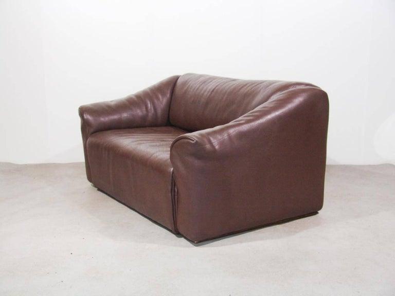 De Sede DS47 Two-Seat Sofa in Dark Brown Buffalo Leather, Switzerland, 1970s 2