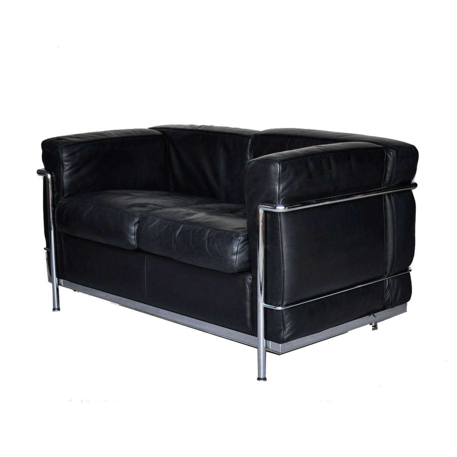 Le corbusier lc2 for cassina leather sofa at 1stdibs for Le corbusier sofa