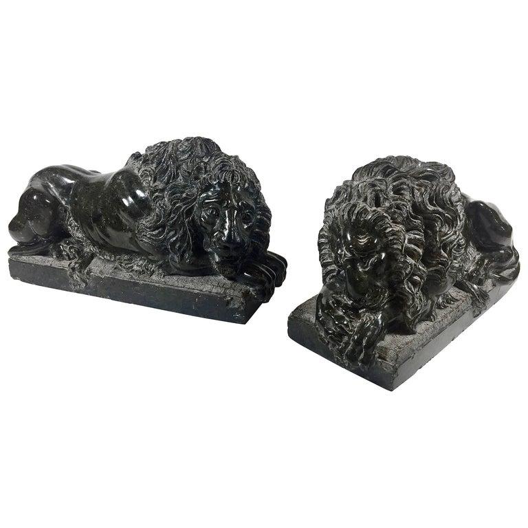 Pair of Italian Grand Tour Marble Recumbent Lions