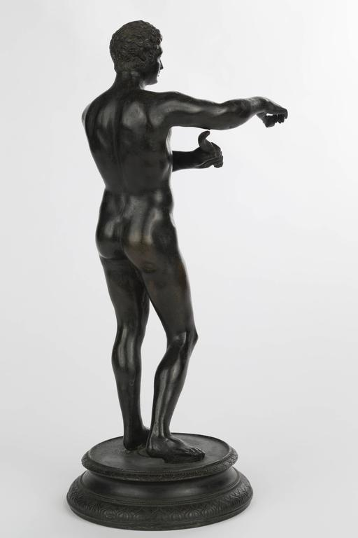 Italian Grand Tour bronze figure of an athlete, Italy, 19th century. Measures: H 11.5 in.
