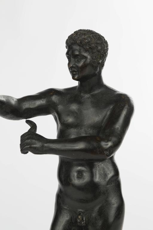 Italian Grand Tour Bronze Figure of an Athlete For Sale 1