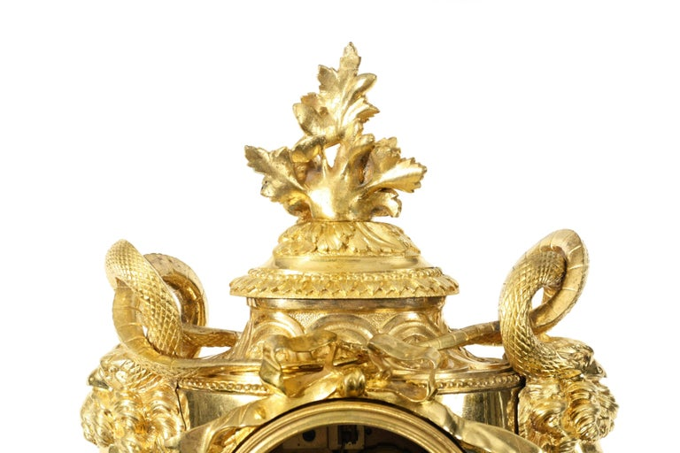 Louis XVI Style Ormolu Mantel Clock In Good Condition For Sale In New York, NY