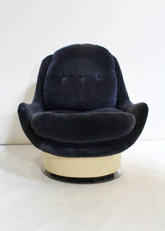 Milo Baughman for Thayer Coggin Lounge Chair and Ottoman 5