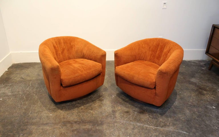 Pair Of Milo Baughman For Thayer Coggin Swivel And Tilt Tub Chairs From The 1970s With