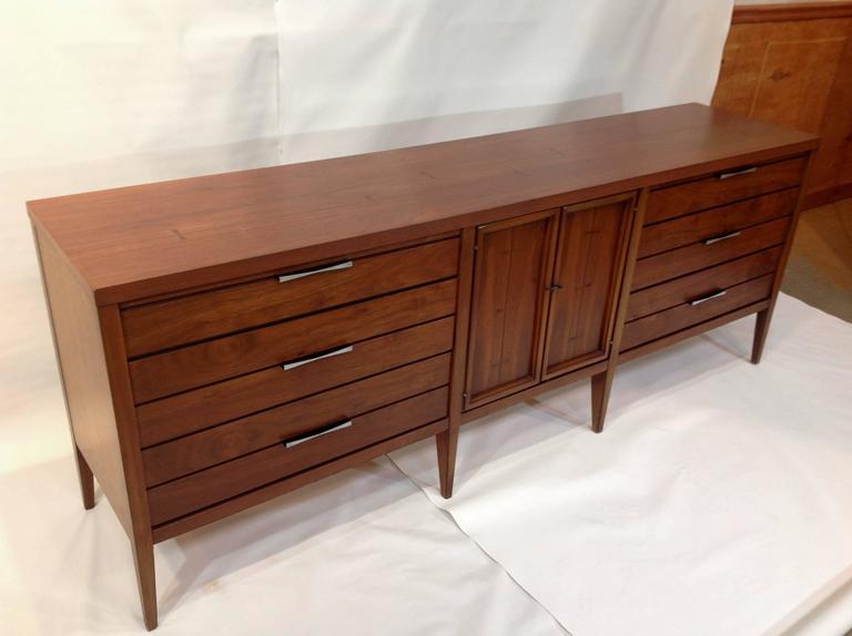 Mid Century Modern Dresser Craigslist Indianapolis Lane Tuxedo Walnut Credenza Legs Pulls