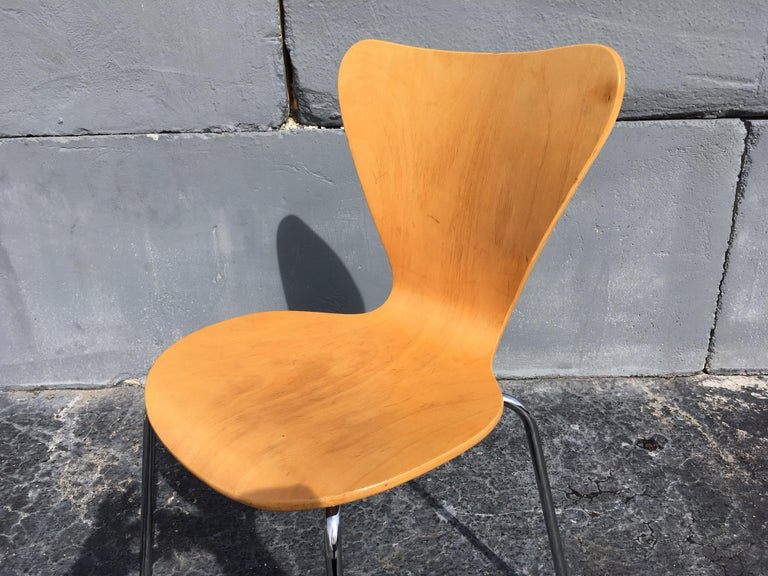 Modern Set of Six Bentwood Chairs For Sale