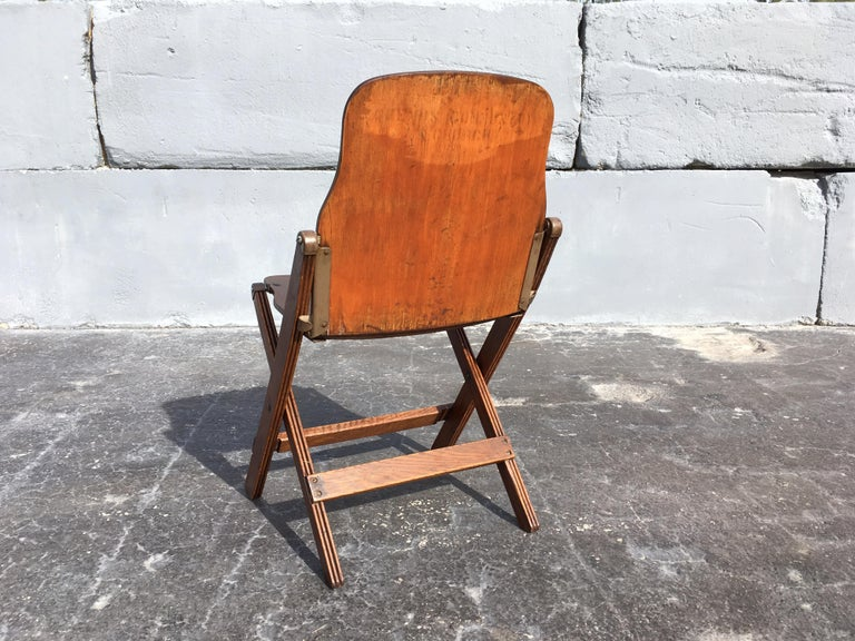 American Set of Six Great Vintage Folding Chairs For Sale