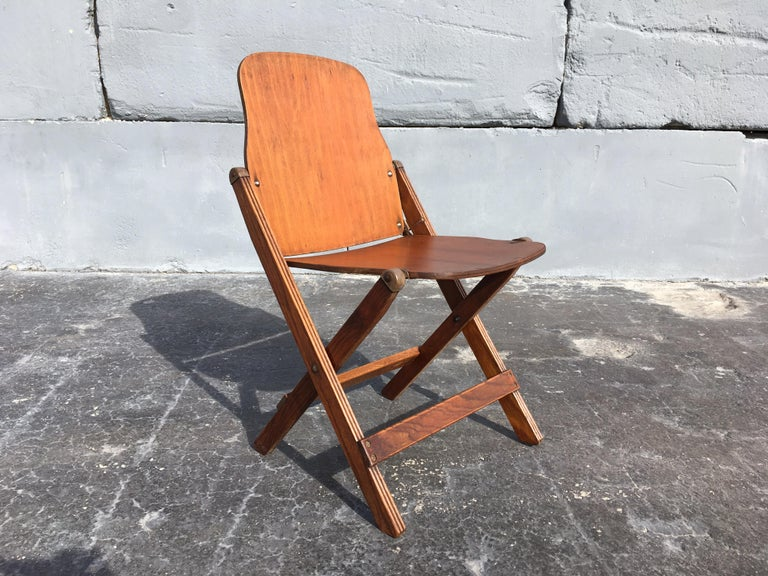 Set of Six Great Vintage Folding Chairs In Good Condition For Sale In Opa Locka, FL