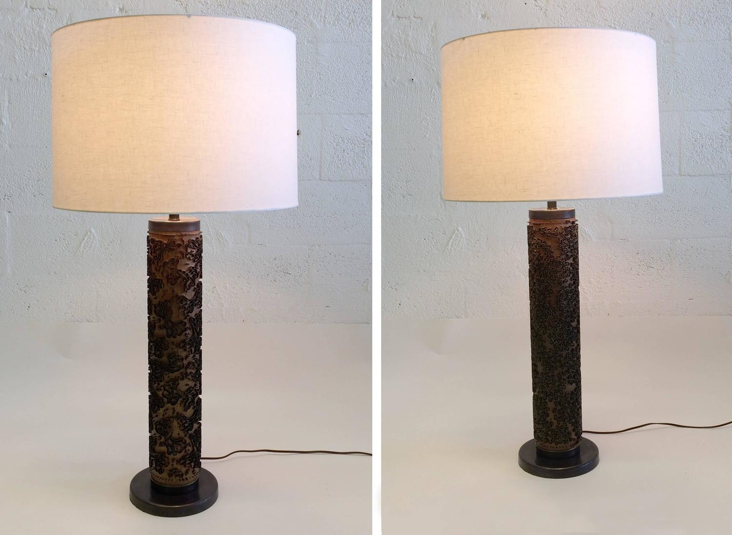 unique table lamps made from dahls tapetkunst wallpaper rollers. Black Bedroom Furniture Sets. Home Design Ideas