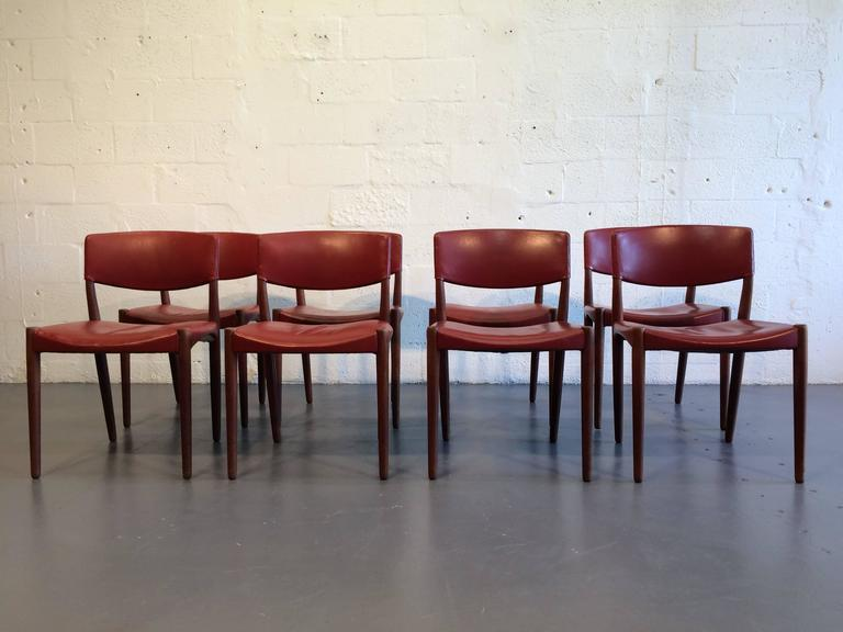 Set of Eight Dining Chairs by Ejner Larsen & Aksel Bender Madsen For Sale 1