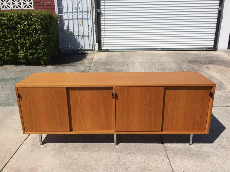 American Nice Florence Knoll Credenza on Chrome Legs, USA, 1970s