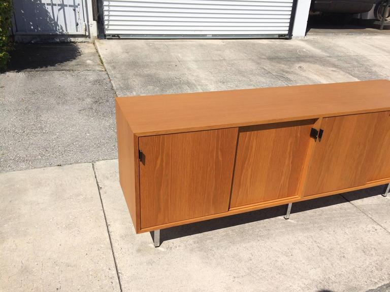 Leather Nice Florence Knoll Credenza on Chrome Legs, USA, 1970s