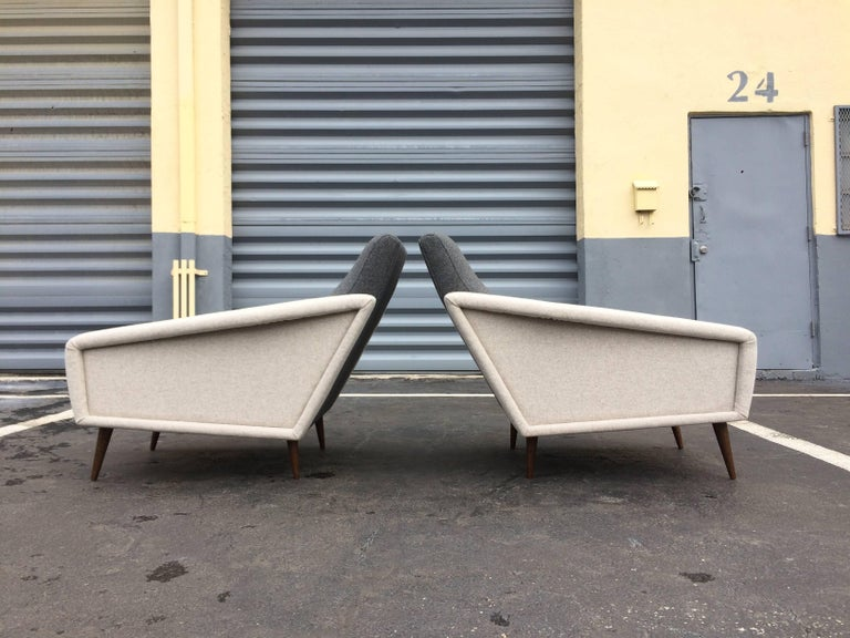Pair of Lounge Chairs in the Style of Gio Ponti for Cassina In Excellent Condition For Sale In Miami, FL