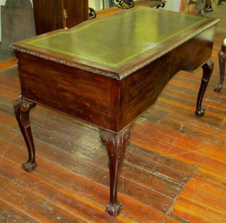 Charmant Old English Carved Mahogany Chippendale Style Leather Top Writing Table Or  Desk In Excellent Condition For