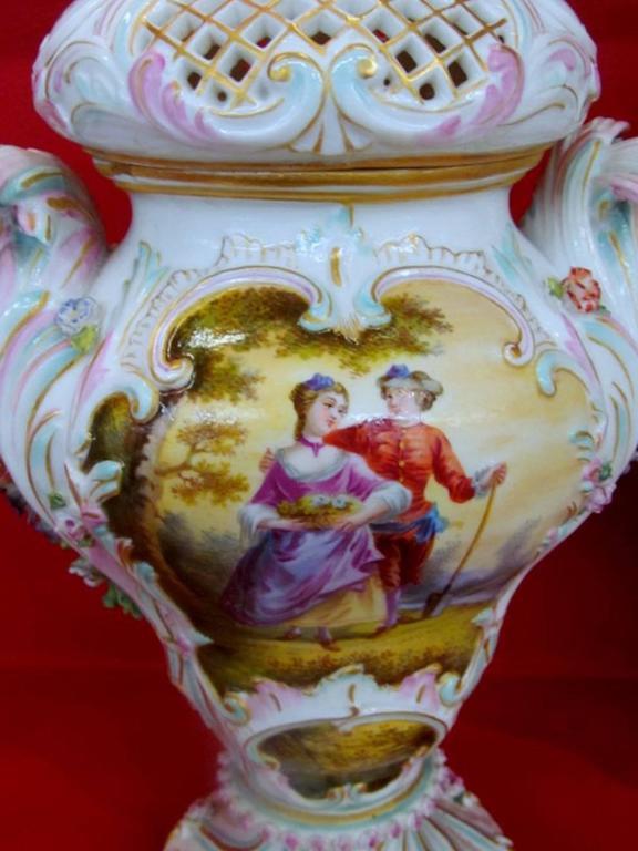 German Pair of Antique Meissen Hand-Painted Porcelain Potpourri Urns or Vases For Sale