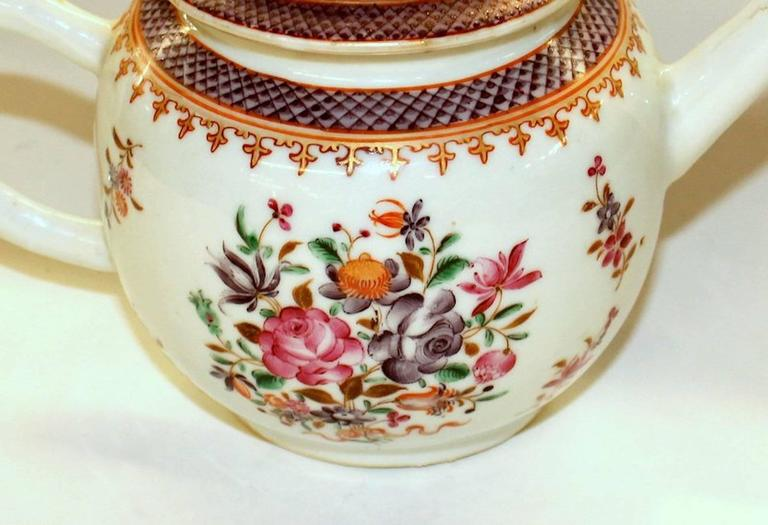 Antique Chinese Export Porcelain Famille Rose Decor Globular Teapot For Sale 1