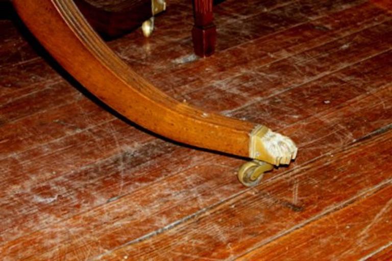 Old English Sheraton Style Inlaid Figured Solid Mahogany Circular Dining Table 9