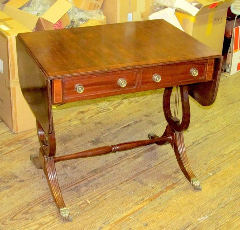 Antique English George IV Inlaid Mahogany Regency Style Drop-Leaf Sofa Table In Excellent Condition For Sale In Charleston, SC