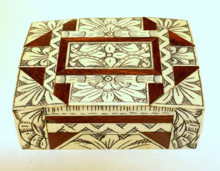 Fine old Anglo-Indian carved bone, rosewood and mahogany hinged box. Please note