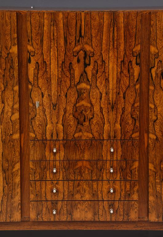 Monumental Danish Rosewood Sideboard Highboard Cabinet Midcentury, 1960s In Good Condition For Sale In New York, NY