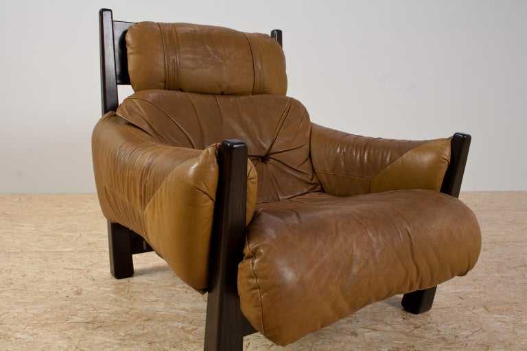 Brazilian Modern Brown Leather Lounge Chair in Manner of Percival Lafer, 1960s In Good Condition For Sale In Beek en Donk, NL
