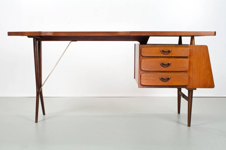 Oiled Mid-Century Modern Dutch Writing Desk in Teak by Louis Van Teeffelen, 1950s For Sale