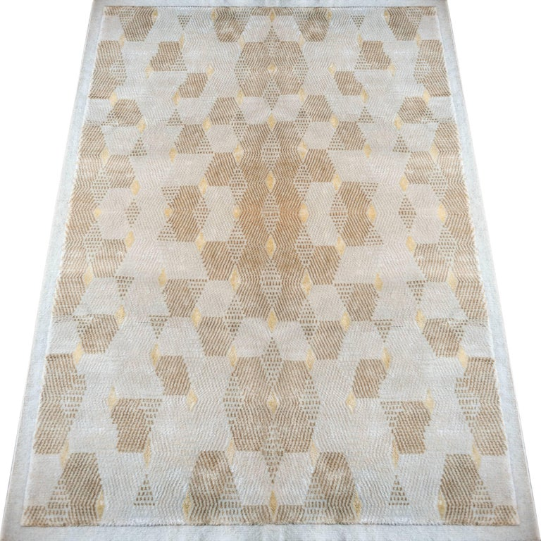 Honeycomb Hand-Knotted Viscose And Wool Geometric Rug With