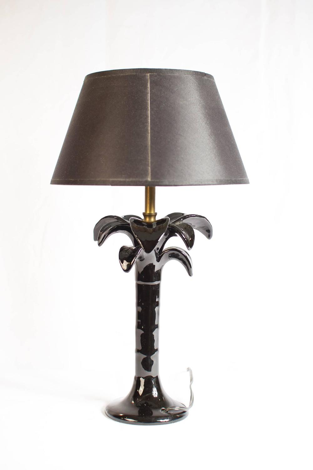 hollywood regency ceramic palm tree table lamp for sale at 1stdibs. Black Bedroom Furniture Sets. Home Design Ideas