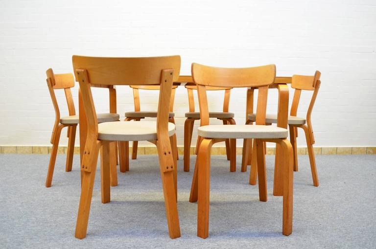 Dining Set by Alvar Aalto for Artek In Good Condition For Sale In RHEEZERVEEN, Overijssel