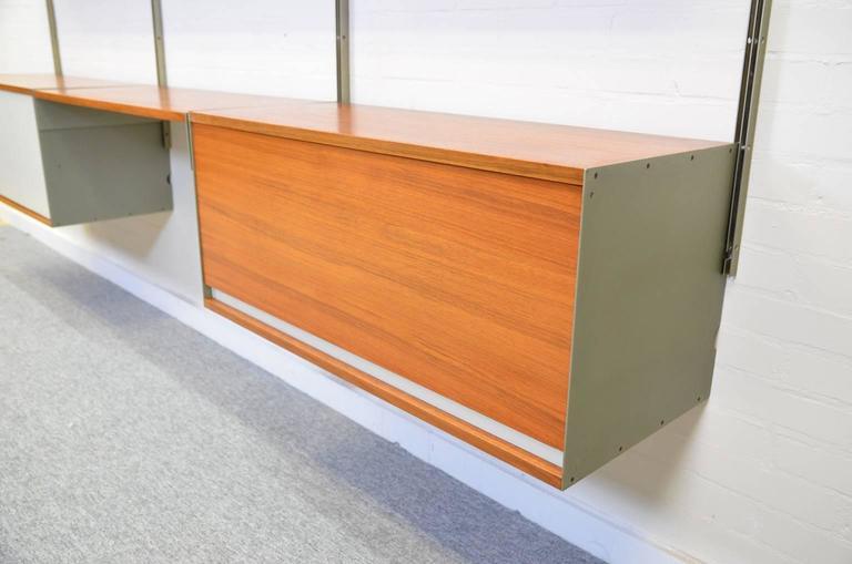 Dieter Rams 606 Universal Shelving System in Walnut Veneer for Vitsoe 2