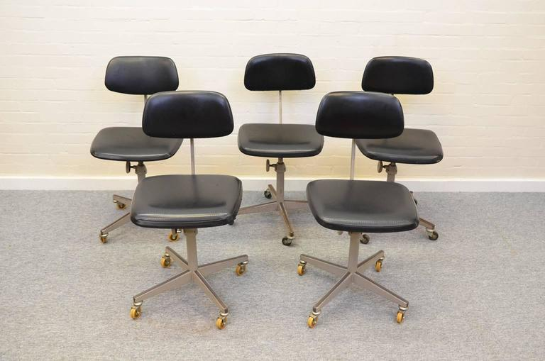 Ahrend Desk Chairs Friso Kramer At 1stdibs