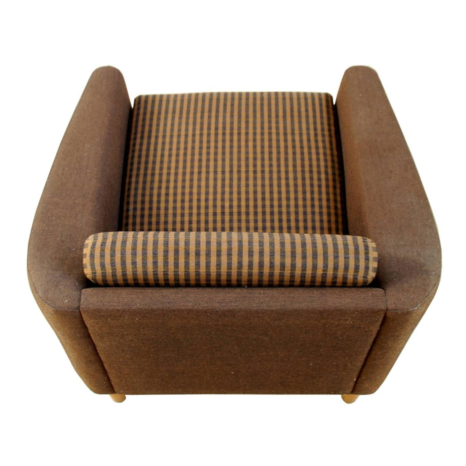 Comfortable Lounge Chair By Dux In The Style Of Folke