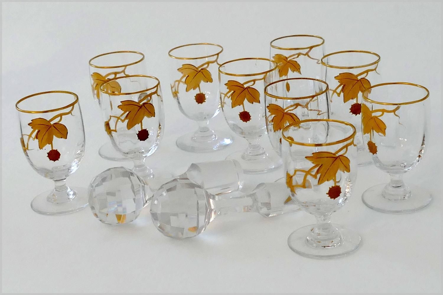 rare baccarat gold crystal liquor or aperitif service sycamore tree model 1900 for sale at 1stdibs. Black Bedroom Furniture Sets. Home Design Ideas